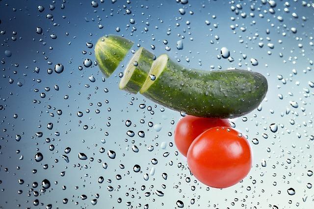 okurka s rajčaty
