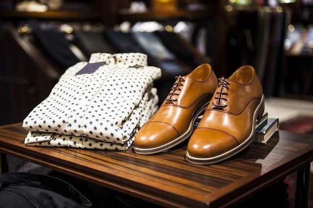 módní pánská košile a boty