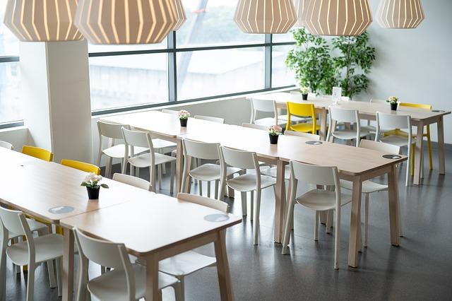 jídelní nábytek v interiéru